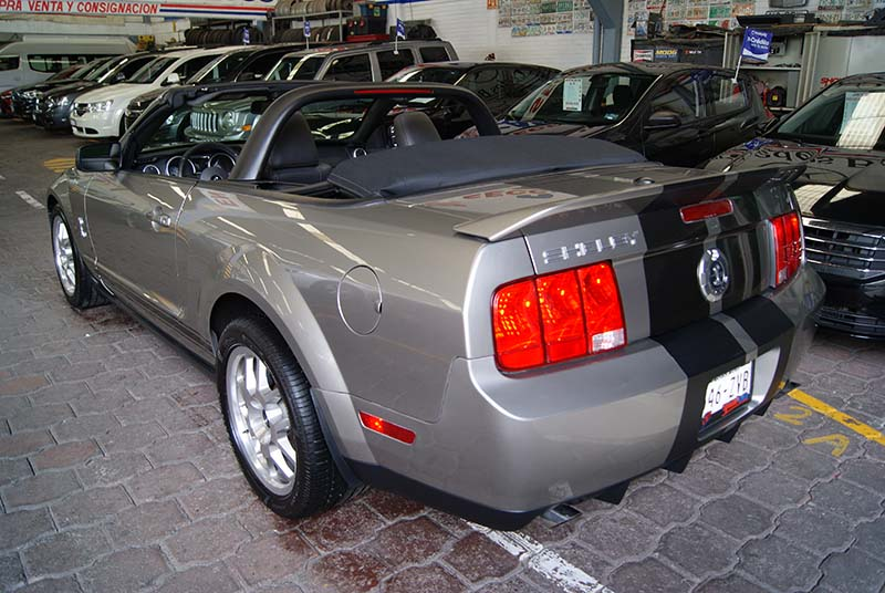 Ford Mustang Shelby Convertible 2008 lleno